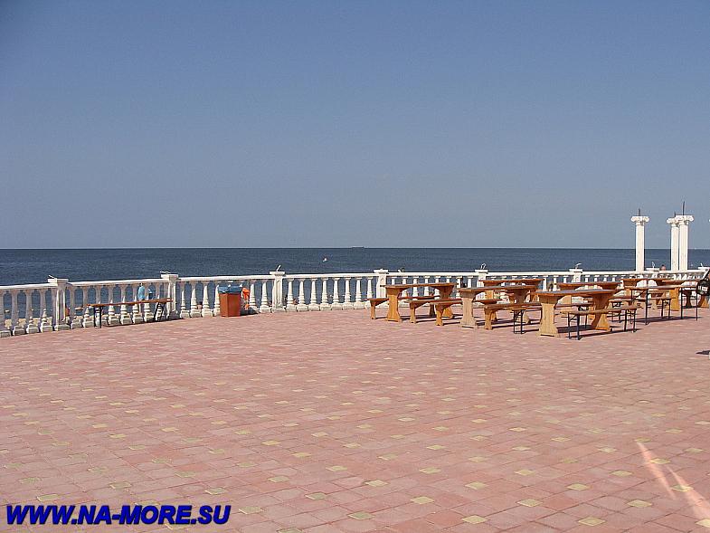 Азовское море. Пляж около Голубицкой